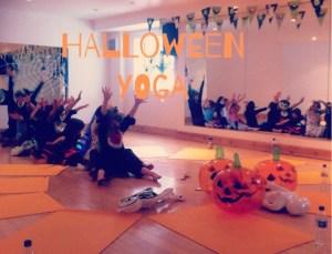 Halloween_yoga